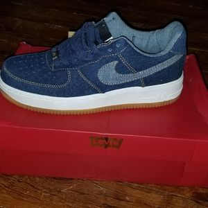 Nike denim levi tennis shoes
